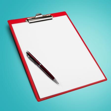 pluma y papel: Clipboard, Pen, Paper.