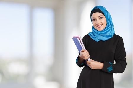 estudiantes universitarios: Árabe, árabe, saudí. Foto de archivo