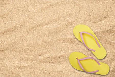 sandal: Flip-flop, sandalia, zapato.