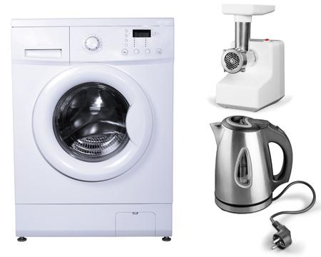 lavadora con ropa: Lavadora, Electrodoméstico, Lavadora. Foto de archivo