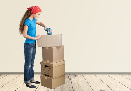 moving box: Moving House, Moving Office, Box.