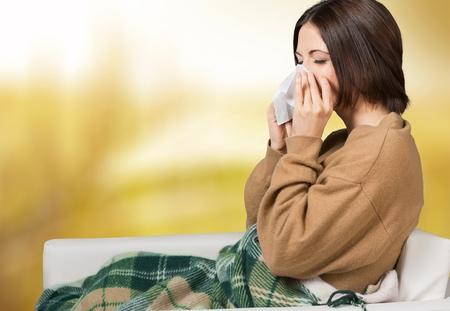 gripe: Gripe, resfriado, mujer. Foto de archivo