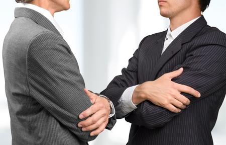 conflicto: Conflicto, Discutir, Negocios.