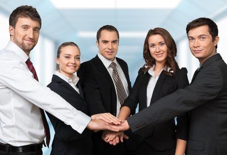 trabajo de equipo: Personas de negocios, Trabajo en equipo, Oficio con t�tulo.