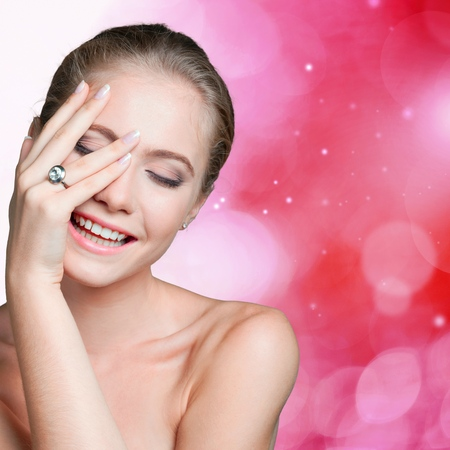 pretty eyes: Jewelry, Manicure, Diamond.