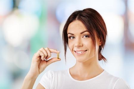 pastillas: La vitamina píldora, la píldora, la Mujer. Foto de archivo