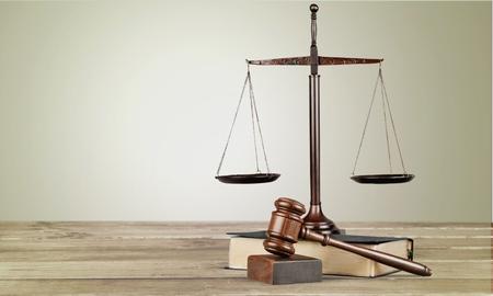 ley: Escala, ley, abogado.