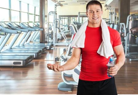 men exercising: Hombres, Ejercicio físico, Estilo de vida saludable. Foto de archivo