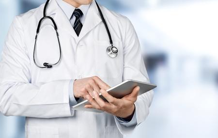 medico: Doctoring, doctor, médico.