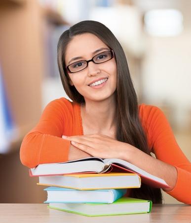 students: Estudiante de secundaria, universidad, Estudiante.