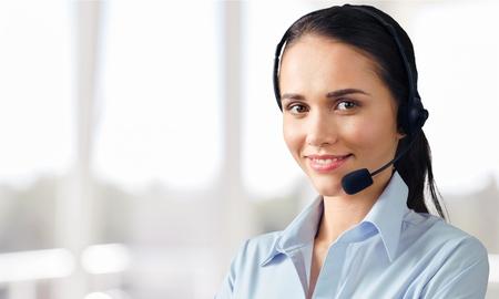 カスタマー サービス、コール センター サービス。