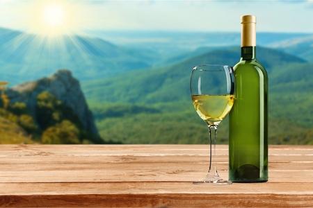 white wine: Wine, Bottle, White Wine.