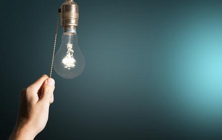 スイッチ、光スイッチ、電球。 写真素材