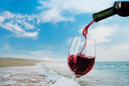 Vino, Catavinos, Botella de vino. Foto de archivo