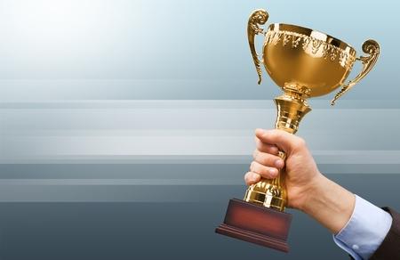 トロフィーは、賞を受賞しました。