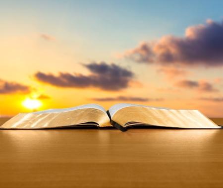 biblia: Biblia, libro, abierto.