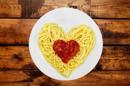 silhouette coeur: Spaghetti, p�tes, forme de coeur.