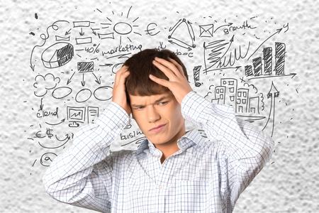adolescente pensando: Pensando, Adolescente, Cabello humano. Foto de archivo