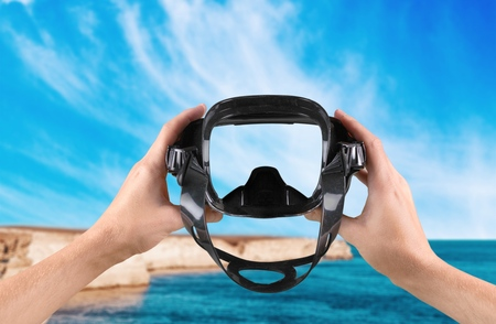 recreational pursuits: Scuba Mask, Beach, Swimming Goggles.