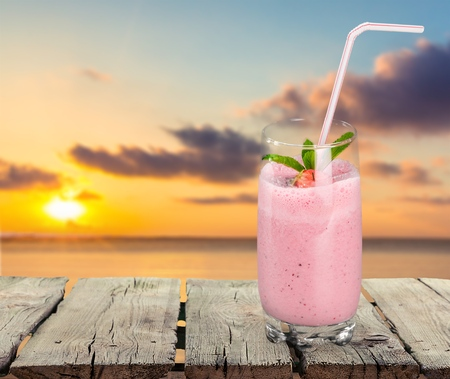 milk shake: Smoothie, Milk Shake, Raspberry. Stock Photo