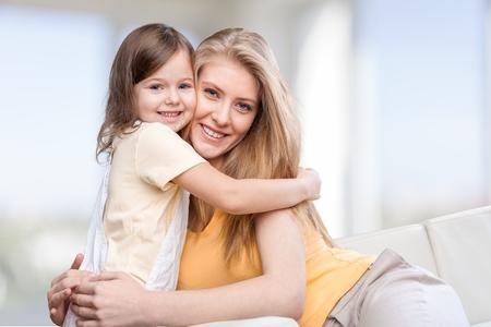 madre: Madre, hija, bio.