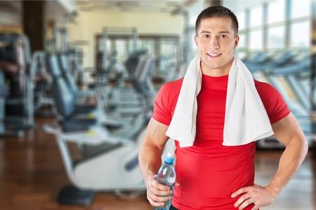 hombres haciendo ejercicio: Hacer ejercicio, Hombres, Deporte. Foto de archivo