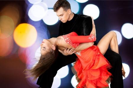 pareja bailando: Bailar Salsa, Baile, Pareja. Foto de archivo