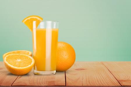 vaso de jugo: Jugo de naranja, jugo, naranja.