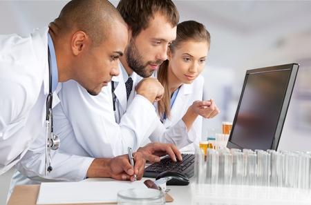 medicina: Laboratorio, Asistencia sanitaria y medicina, Examen médico.