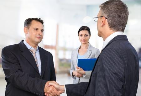 entrevista: Entrevista, Entrevista de trabajo, Estrechar las manos.
