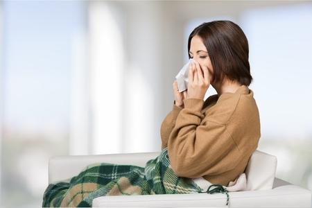 frio: Gripe, resfriado, mujer. Foto de archivo