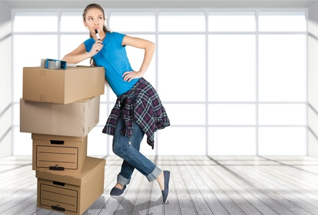 moving box: Moving House, Box, Women.