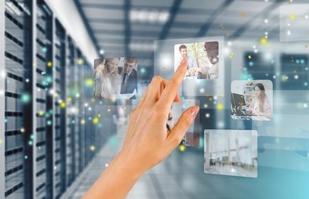 computer netzwerk: Ber�hren, Kommunikation, Computer Network. Lizenzfreie Bilder