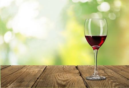 Vino, vidrio, rojo. Foto de archivo - 42691631