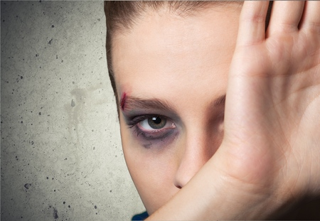 battered woman: Girl, stop, pain.