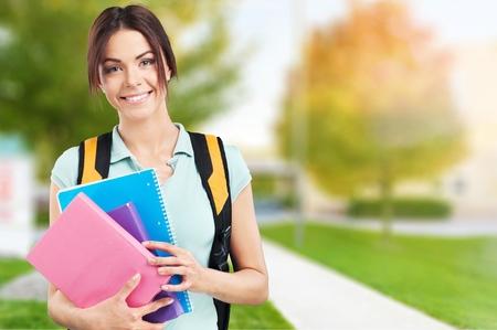 alumno estudiando: Mochila, estudiante, estudiar.
