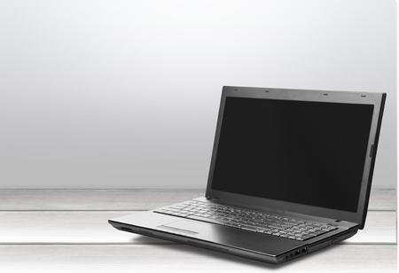 laptop: , laptop, .