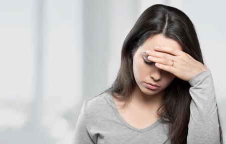 dolor de cabeza: Adolescente, Vergüenza, Suicidio.