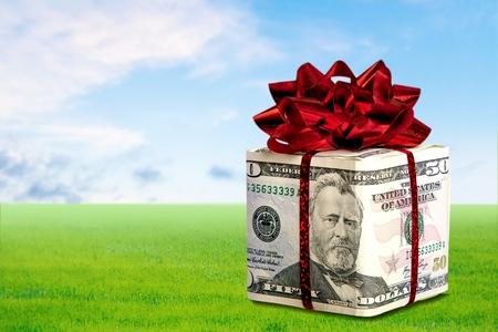 christmas savings: Gift, Currency, Savings.