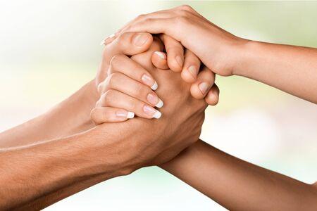 zweisamkeit: Achtung, Menschliche Hand, Zusammenhalt.
