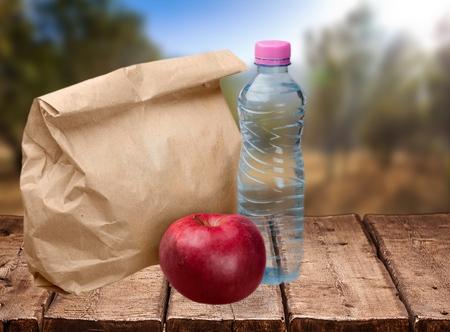 apple paper bag: Lunch, Bag, Brown.