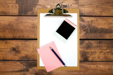 adhesive  note: Clipboard, Paper Clip, Adhesive Note.