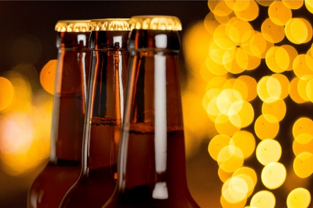 botellas de cerveza: Botellas de cerveza, cerveza, botella.