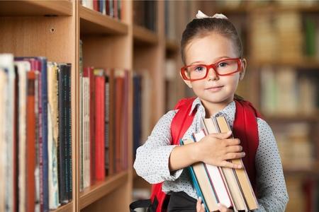 Enfant d'école, école, enfant. Banque d'images - 43199409
