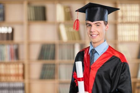 GRADUADO: Graduación, estudiante de la Universidad.