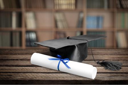 kapelusze: Rozdanie dyplomów, Moździerz zarządu, dyplom. Zdjęcie Seryjne