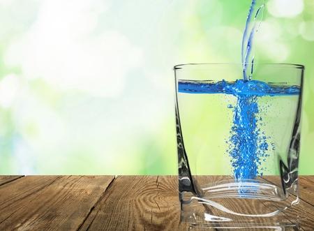 Tap, vers, water.