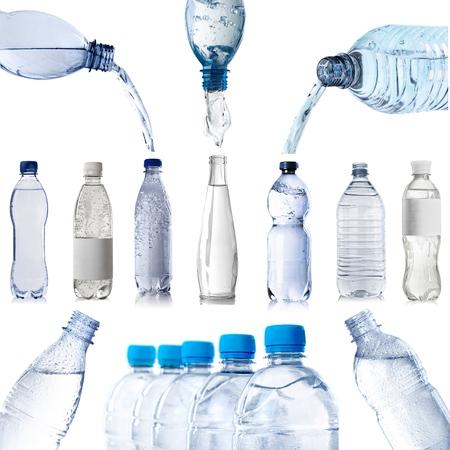 agua: Botella de agua aislado en blanco Foto de archivo