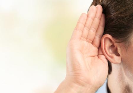 oir: Escucha, o�do, escuchar.