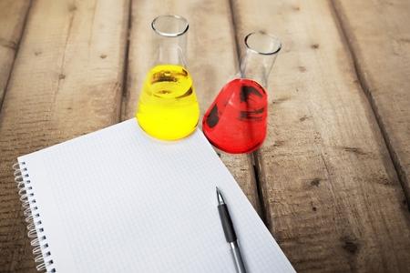 acido: Libro, ácido, laboratorio.